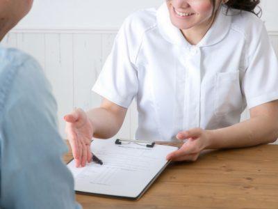 栄養士 管理栄養士の違いは!仕事内容と収入は